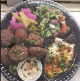 Old Thyme Falafel With Hummus and Plenty Of Veggie Platter