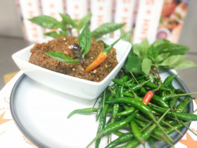 Thai Chili Fermented Basil Relish