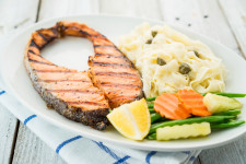 Grilled Salmon Slice