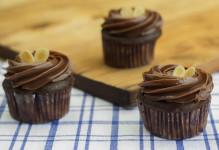 Sugar-Free Chocolate Fudge Cupcake
