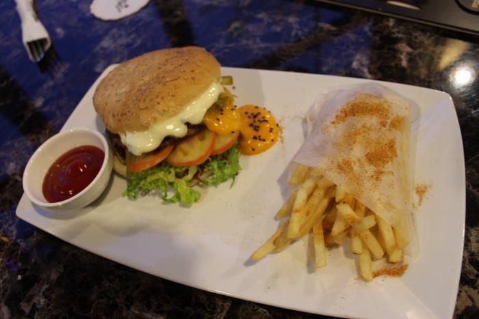 Alamodak Burger